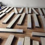 Boden Holz,geschliffen, grundiert, lackiert, versiegelt, gelegt