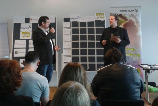 KrisenPRCamp 2014 - Begrüßung durch Stefan Evertz und Mike Schnoor