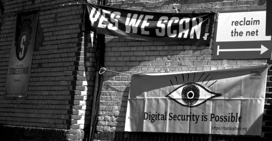 Unternehmen, Politik, Gesellschaft, Privatpersonen - jeder sollte sich gedanken über die Freiheit des Netzes machen.