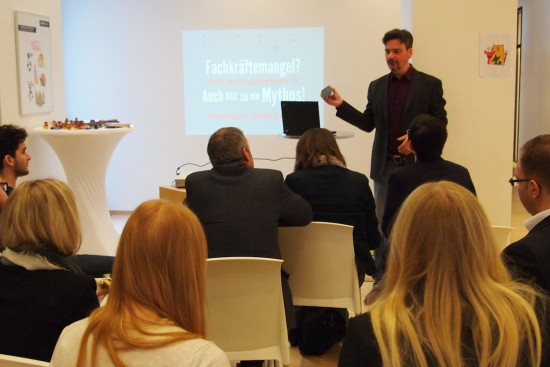 Martin Gaedt bei seinem Vortrag zum Mythos Fachkräftemangel